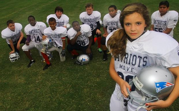 women should be allowed to play in the nfl Debate about girls should be able to do boy sports: yes, they can or no, they shouldn't they should be allowed to to the same degree that boys are allowed to participate in girls sports i don't think it's a matter of sexism that there has not been a woman in the nfl.